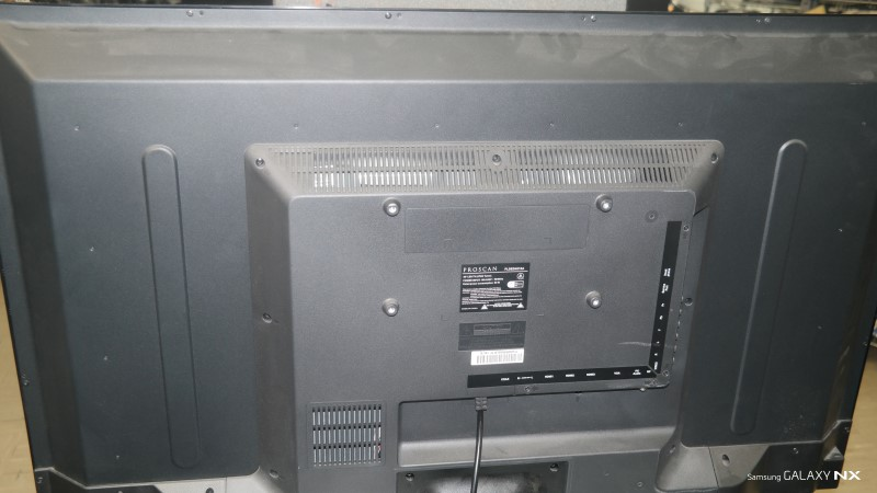 PROSCAN Flat Panel Television PLDED4016A