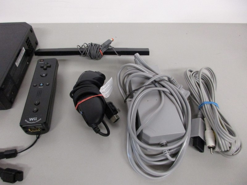 NINTENDO Wii CONSOLE RVL-101, BLACK