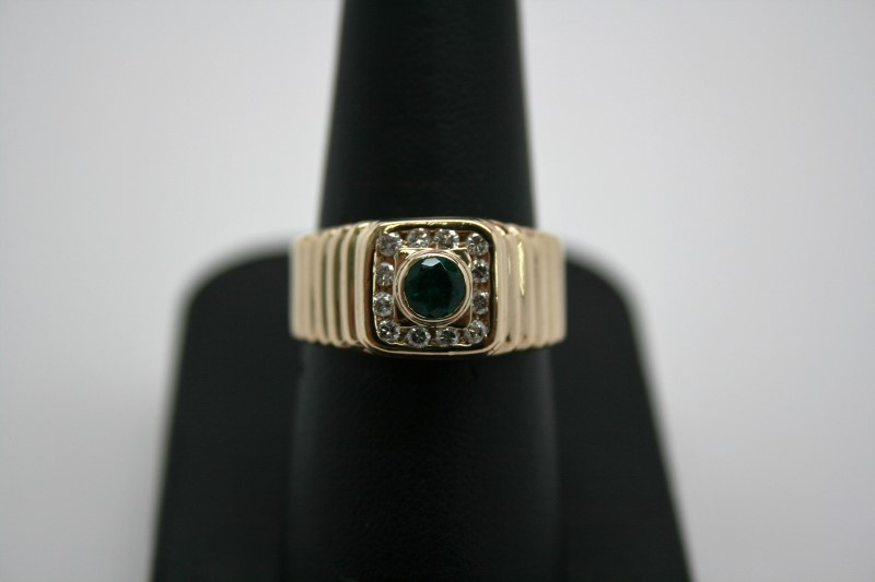 GENT'S SYNTHETIC EMERALD W/ DIAMOND 14K YELLOW GOLD