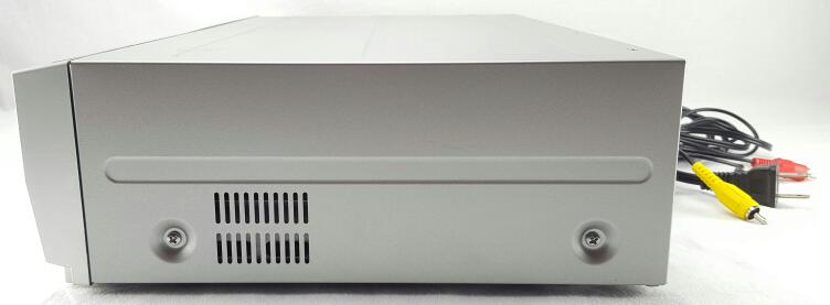 MAGNAVOX DVD RECORDER/VCR PLAYER MWR20V6