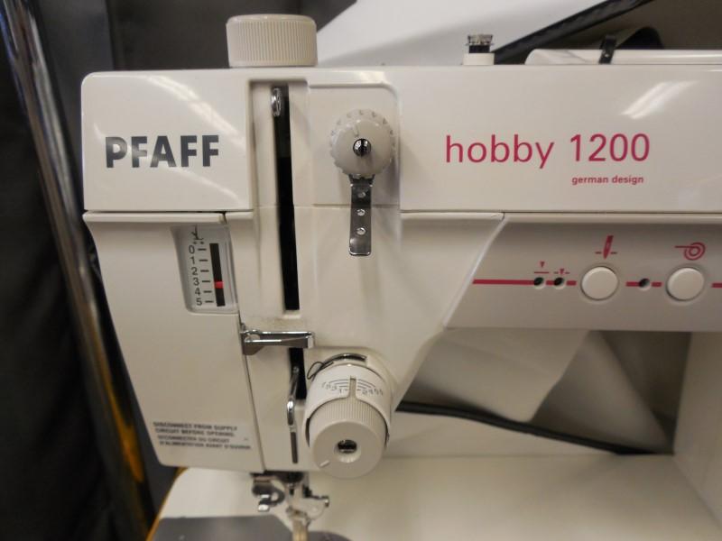 PFAFF QUILTING MACHINE HOBBY1200