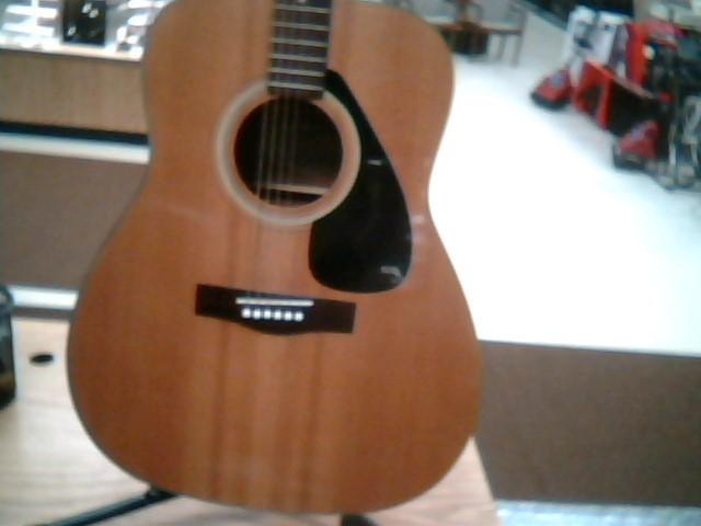 YAMAHA Acoustic Guitar FG-332
