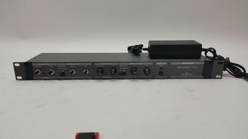 Auralex Effect Equipment 104