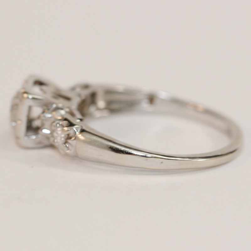 14K White Gold Vintage Inspired Cathedral Set Diamond Engagement Ring Size 6