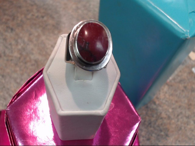 Red Stone Lady's Silver & Stone Ring 925 Silver 6.85dwt