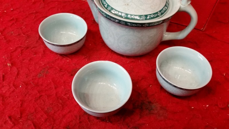 Chinese Mini Porcelain Tea Set