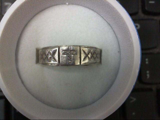 Lady's Silver-Diamond Ring 6 Diamonds .06 Carat T.W. 925 Silver 6.1g
