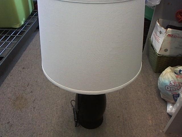 ASHLEY FURNITURE LAMP L276334T