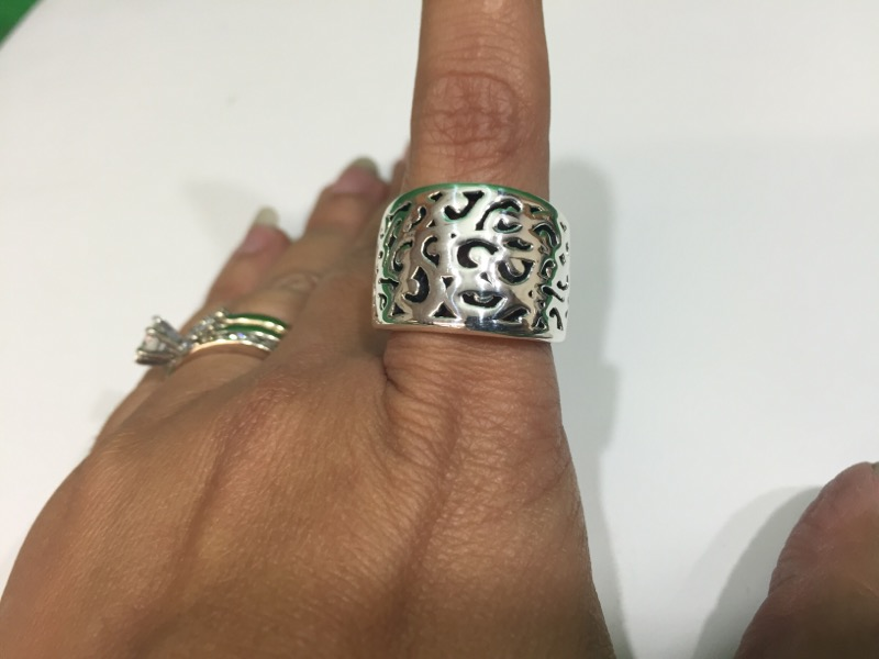 Lady's Silver Scroll Ring Sterling Silver 6.6g Size:7.7