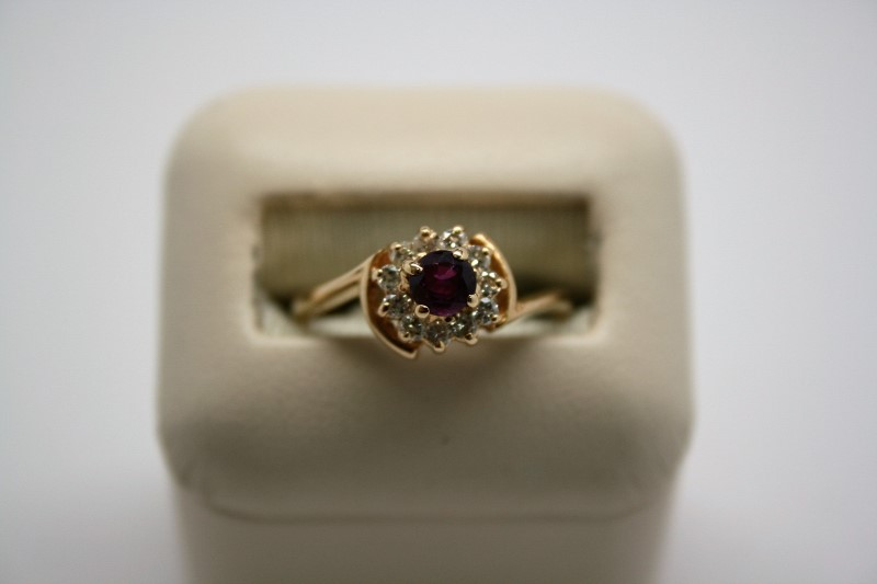 LADY'S FASHION DIAMOND & RUBY RING 14K YELLOW GOLD