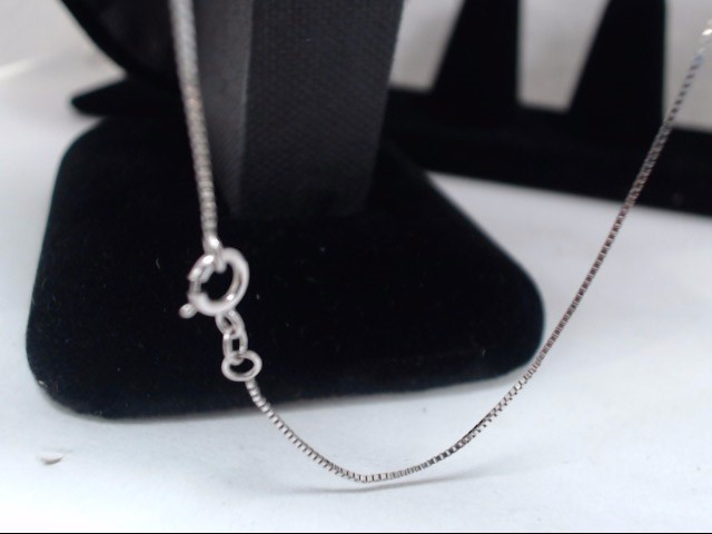 Gold Box Chain 10K White Gold 0.9g
