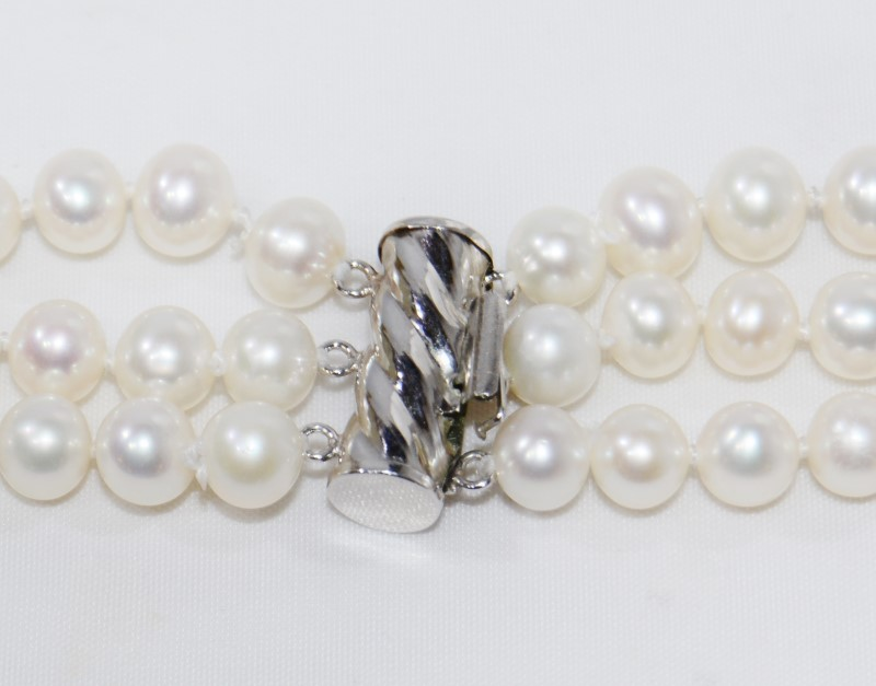 214 Pearl Triple Strand Necklace 14K White Gold *Damaged Clasp*