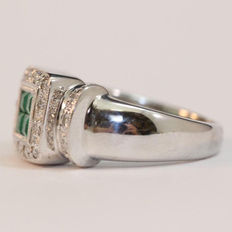 18K White Gold Multi Emerald and Diamond Ring Size 5.75
