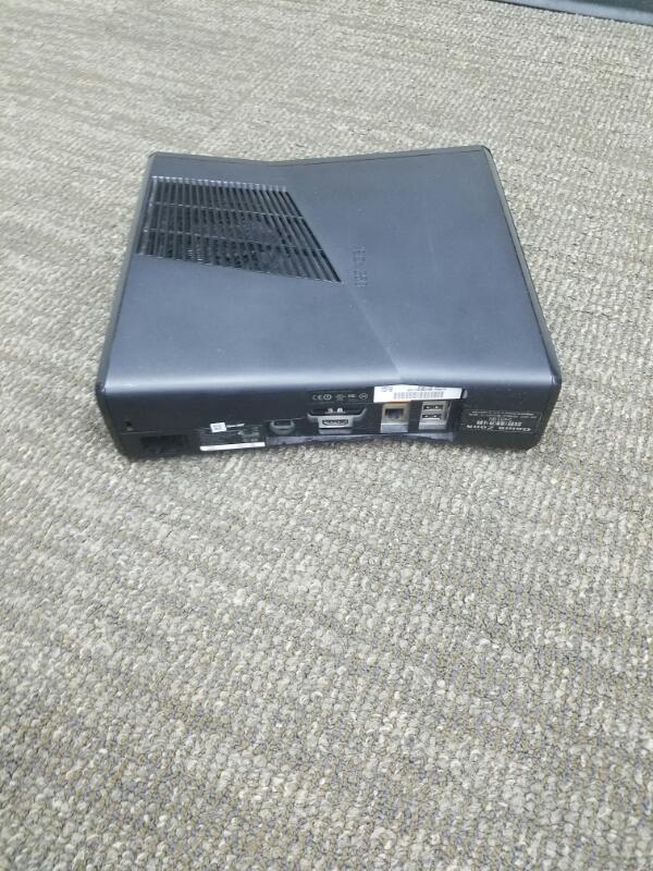 MICROSOFT XBox 360 XBOX 360S - 320GB - 1439 - CONSOLE