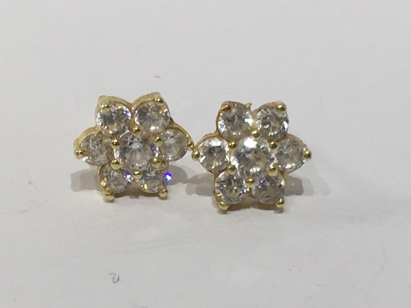 White Stone Gold-Stone Earrings 14K Yellow Gold 1.4g