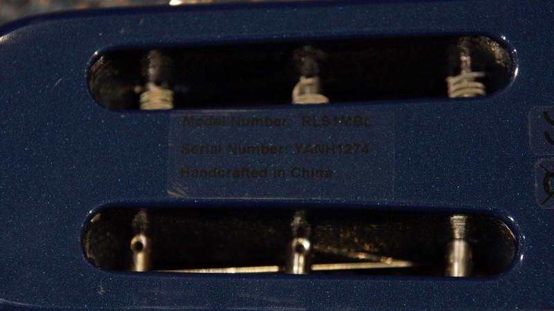ROGUE ELECTRIC SLIDE GUITAR