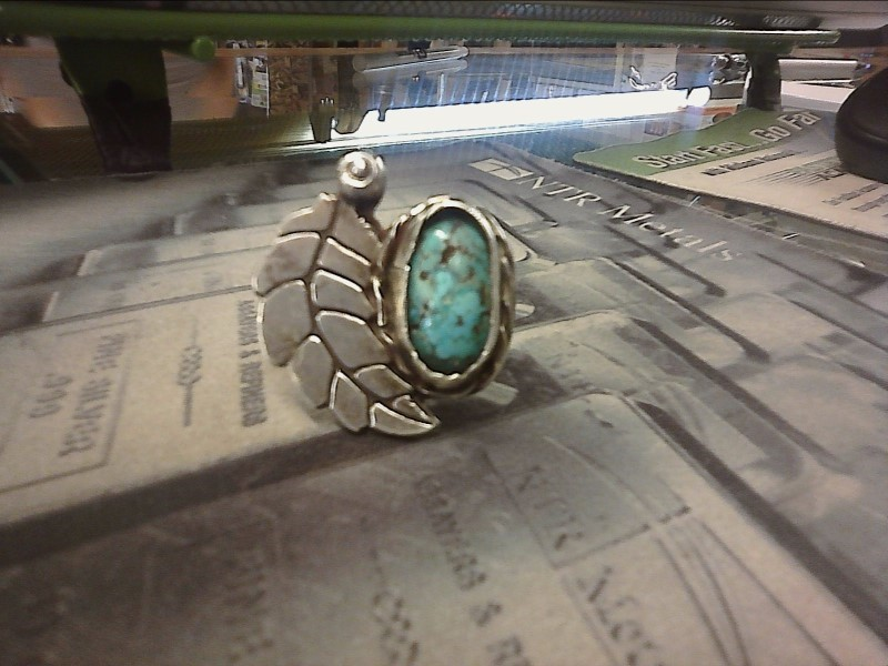 Turquoise Lady's Silver & Stone Ring 925 Silver 5.61dwt Size:7.5