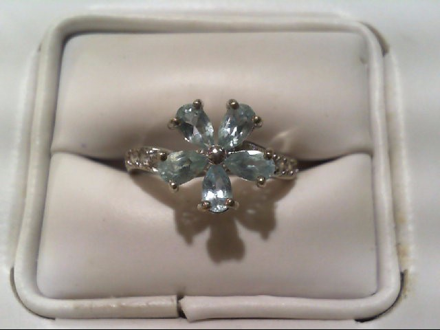 Lady's Silver Ring 925 Silver 3.2g