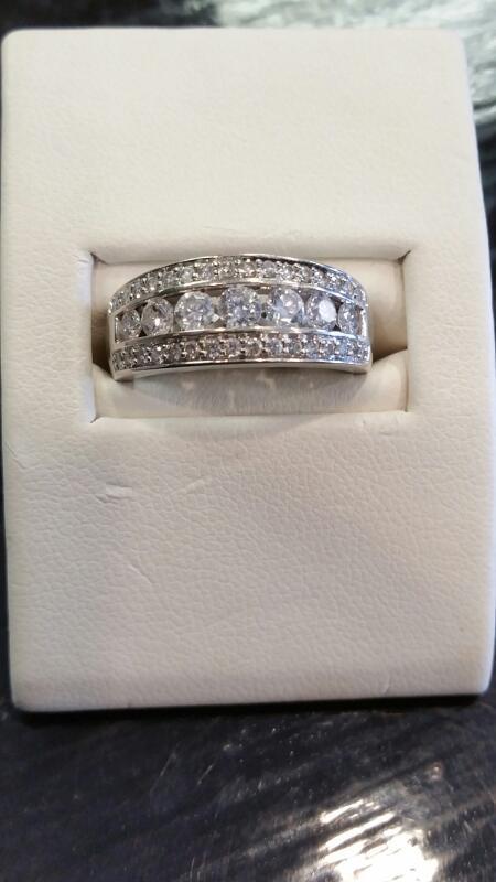 Lady's Diamond Cluster Ring 6 Diamonds .96 Carat T.W. 14K White Gold 3dwt