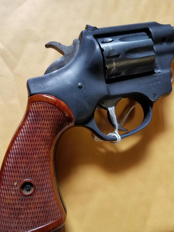 HIGH STANDARD Revolver R-107 SENTINEL DELUXE