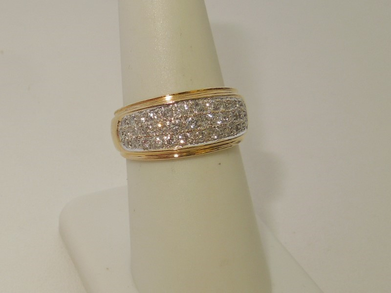 Lady's Diamond Cluster Ring 44 Diamonds 1.12 Carat T.W. 14K 2 Tone Gold 5.3g