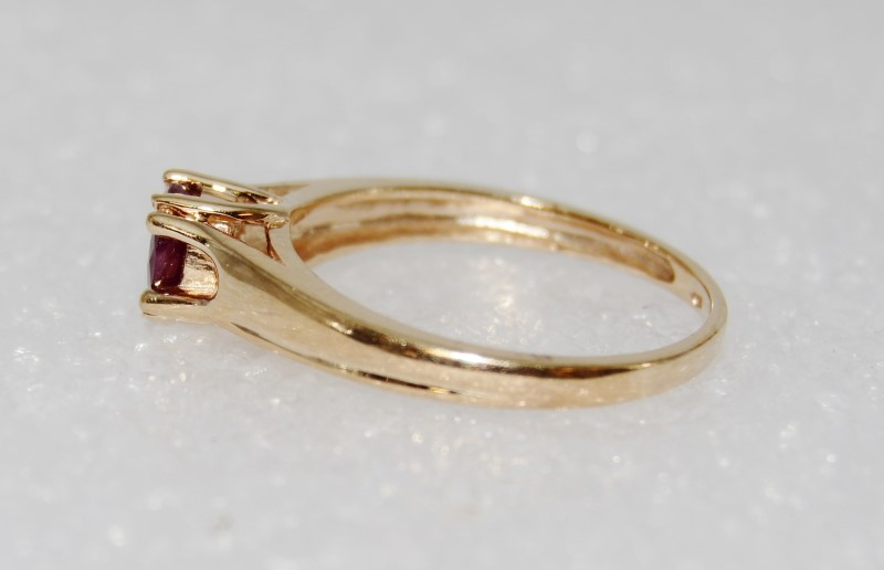 Beautiful & Simple 10K Yellow Gold Cathedral Set Ruby Solitaire sz 6