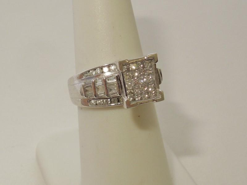 Lady's Diamond Cluster Ring 64 Diamonds 1.28 Carat T.W. 10K White Gold 5.6g