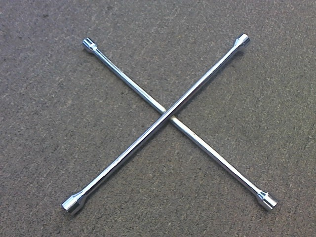 Miscellaneous Tool 4 WAY LUG WRENCH