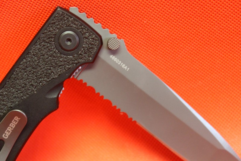 "Gerber Icon Tanto Folding Combo Blade Knife W/ Slip Resistant Handle 9.5"" Open"
