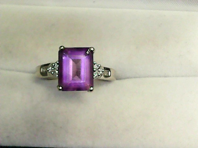 Amethyst Lady's Stone & Diamond Ring 10 Diamonds .20 Carat T.W. 14K White Gold