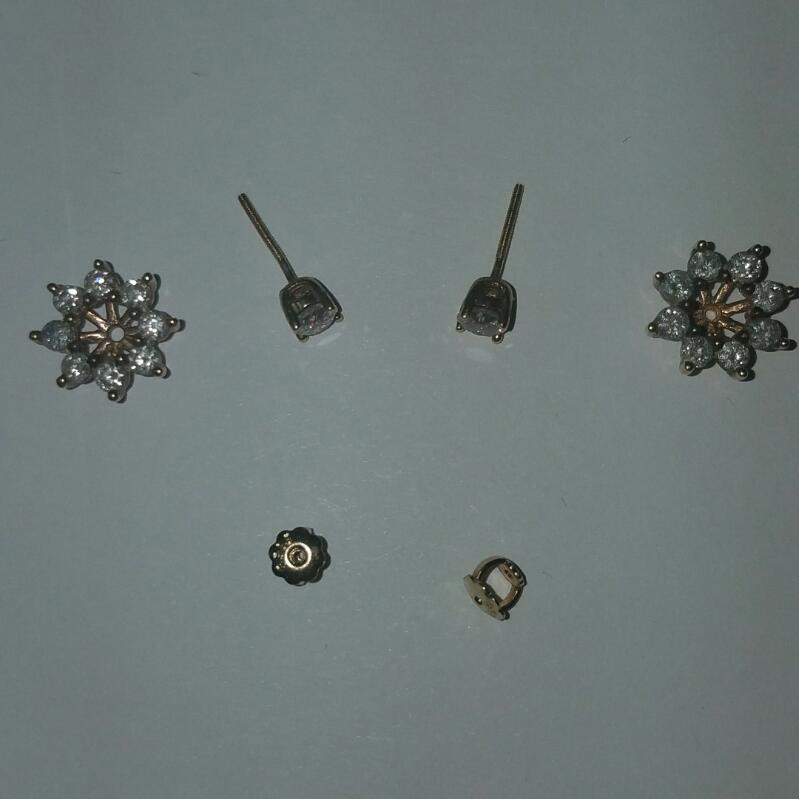 GOLD-DIAMOND EARRINGS 18 DIAMONDS 1.52 CARAT T.W. 14K YELLOW GOLD 3.6 G