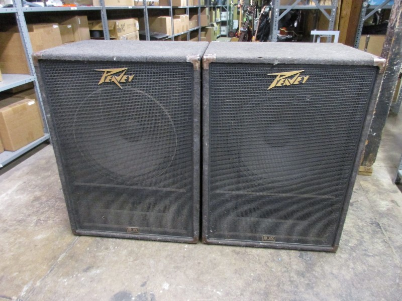 PAIR OF PEAVEY 118-SUB 1X18 SPEAKER CABINETS, LOCAL PICKUP ONLY
