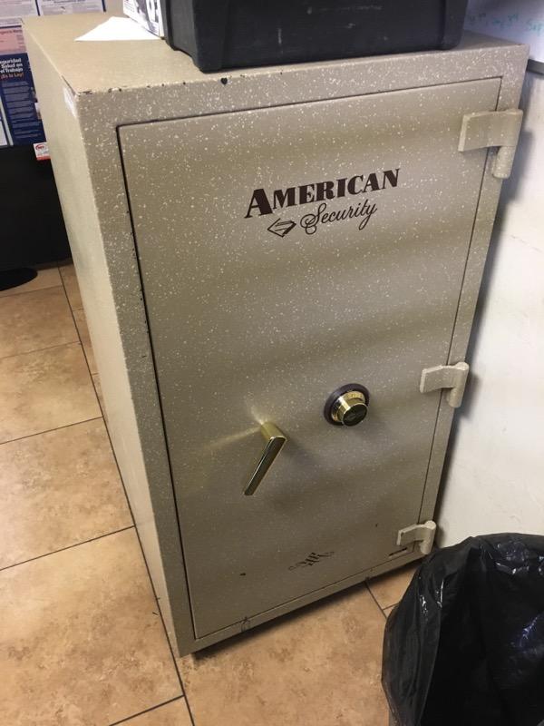 AMSEC Gun Safe VL3918