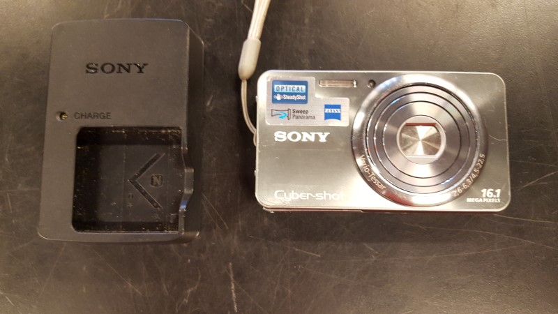 SONY Digital Camera CYBERSHOT DSC-W570