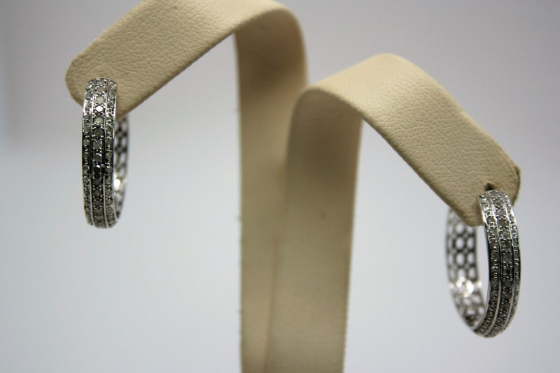 DIAMOND HOOP EARRINGS 10K WHITE GOLD