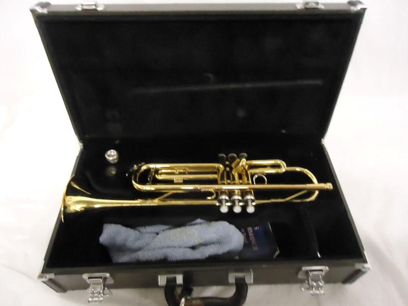 YAMAHA Trumpet/Cornet YTR-2335