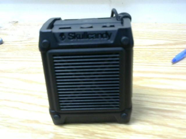 SKULLCANDY Speakers S7SHGW-343 SHRAPNEL PORTABLE SPEAKER