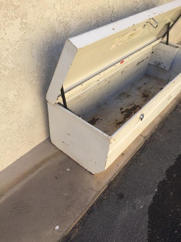 WEATHERGUARD Tool Box 665
