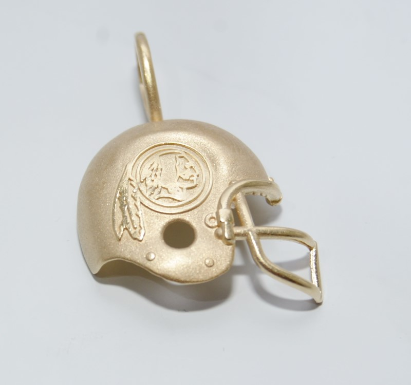 14K Yellow Gold MA Michael Anthony REDSKINS NFLP '94 Helmet Pendant