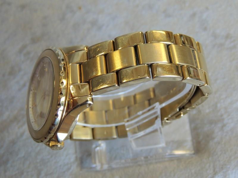 Michael Kors MK5260 Goldtone Stainless-Steel Watch MOP Dial Women EUC