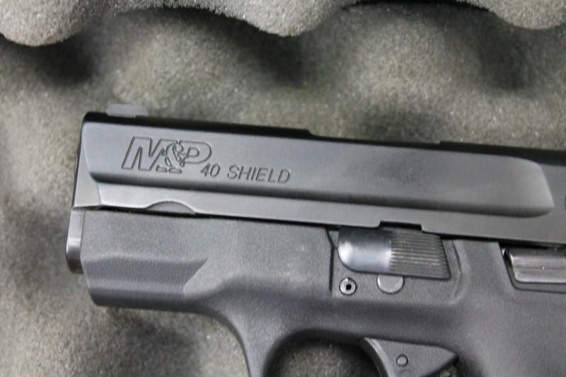 SMITH & WESSON Pistol M&P 40 SHIELD