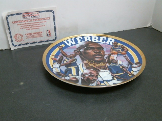 SPORTS IMPRESSIONS Collectible Plate/Figurine