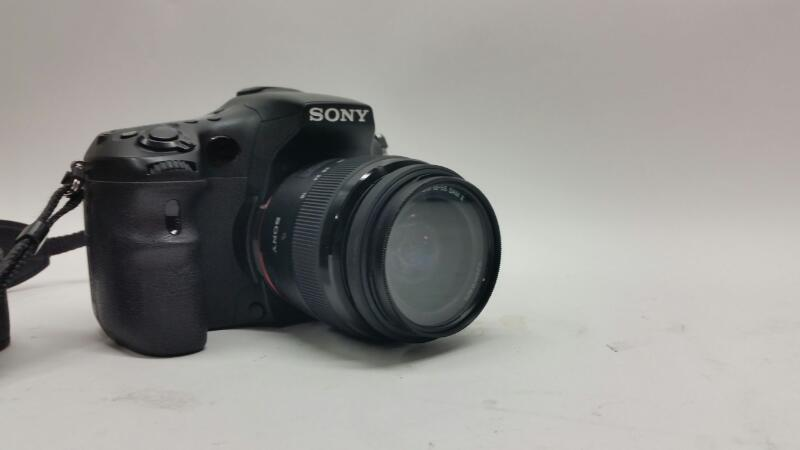 SONY Digital Camera SLT-A77V