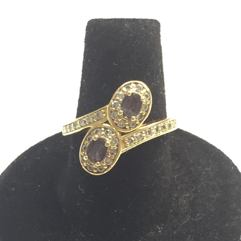 Alexandrite Lady's Stone & Diamond Ring 32 Diamonds .32 Carat T.W.