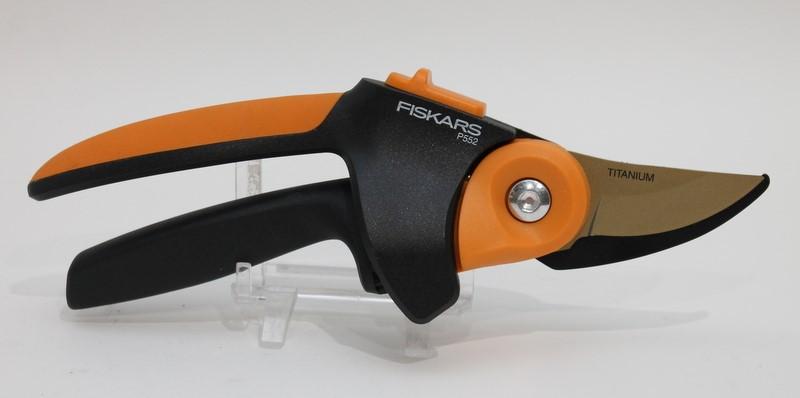 "Fiskars PowerGear 2 Titanium Pruner P552 3/4"" - Free Shipping! >"