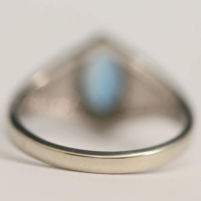 10K White Gold Marquise Cut Blue Topaz Ring Size 6.75