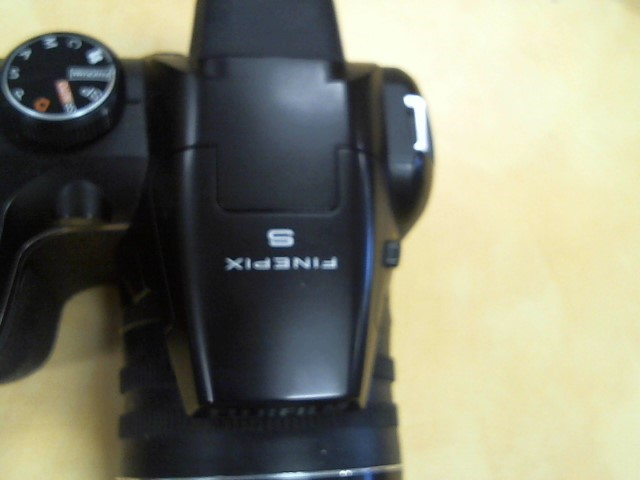 FUJIFILM Digital Camera FINEPIX S4250