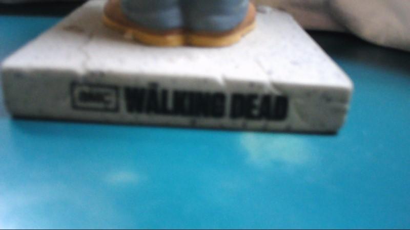 WALKING DEAD Bobble Head Daryl Dixon w/ Crossbow