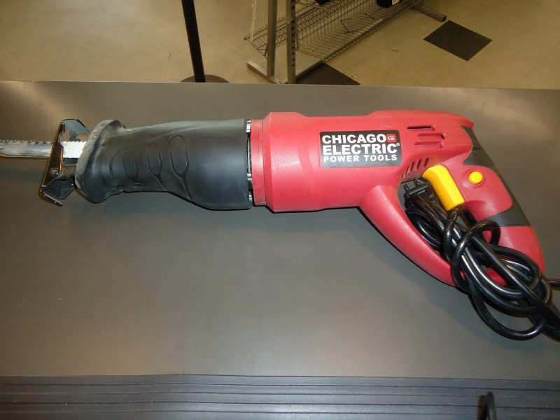 CHICAGO ELECTRIC Reciprocating Saw 62370
