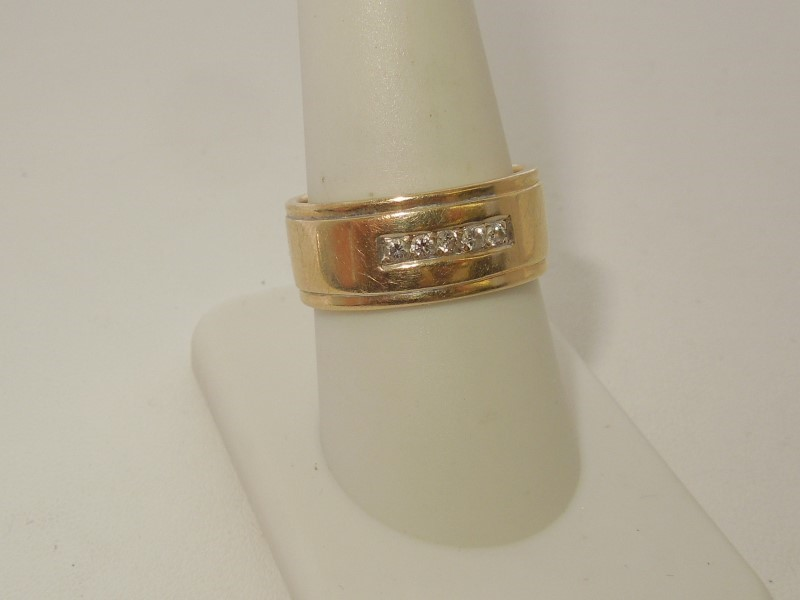 Gent's Diamond Fashion Ring 5 Diamonds .10 Carat T.W. 10K Yellow Gold 9.4g